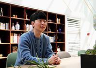 /Interview/2020/03/박정민씨_198.jpg